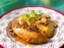 cuisine chapon roti chapon rôti forestière recette sur cuisine actuelle