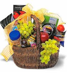 food baskets to send gourmet picnic basket food fruit baskets send this