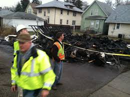 Living In A Garage Fire Kills St Paul Man Living In Mom U0027s Garage Startribune Com