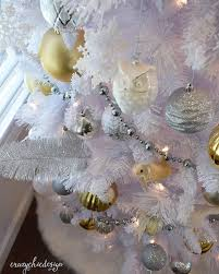 White Christmas Decorations For A Tree by 94 Best Holiday Decorating Images On Pinterest Merry Christmas