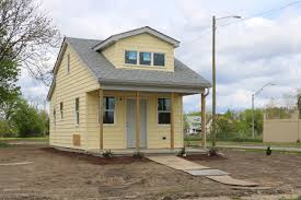 Tiny Homes For Sale In Michigan by Six More Tiny Homes Appear In Detroit U0027s Dexter Linwood Neighborhood