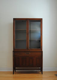 Broyhill China Cabinet Vintage Broyhill Sculptra China Cabinet Phylum Furniture