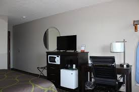 Home Design Show Deltaplex by Hotel Wyoming Grand Rapids Mi Booking Com