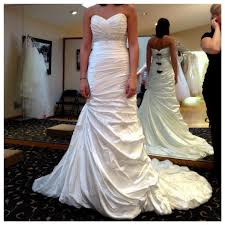 used wedding dress new preowned wedding dresses up to 90 at tradesy