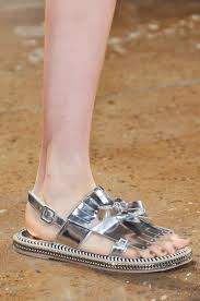 84 best slippers 拖鞋 images on pinterest shoe slippers and zapatos