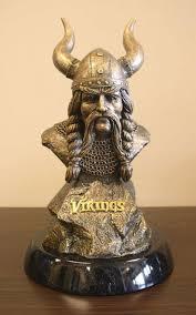 minnesota vikings home decor 37 best minnesota vikings images on pinterest a well bronze and