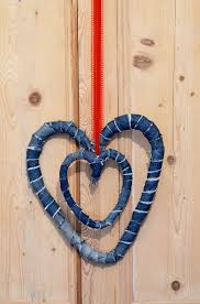 how to make delightful denim hearts 2 ways from jeans pillar box