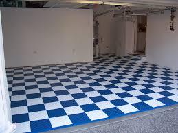 Diamond Tread Garage Flooring by Diamondtrax Garage Flooring Tiles Swiss Trax Arabia
