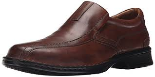Most Comfortable Clarks Shoes 12 Best Work Shoes For Flat Feet Walkers Cart