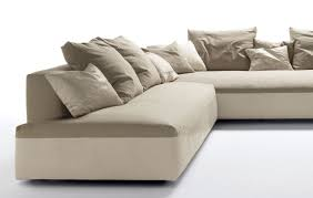 gro e kissen f r sofa groe kissen sofa amazing cxpillow nacht triangular kissen groe