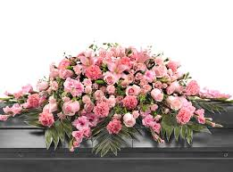 funeral flower etiquette proper etiquette faq for choosing flowers for a funeral flower