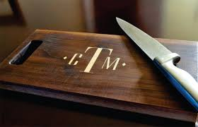 personalized cutting board inlay engraved 8x14 modern monogram zoom
