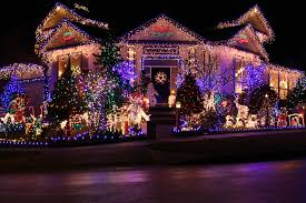 best christmas lights in chicago where to find the best christmas decorations in chicago