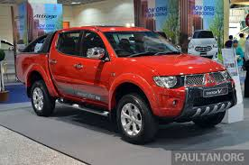 mitsubishi truck 2016 mitsubishi triton vgt gs and gl from under rm100k image 203047