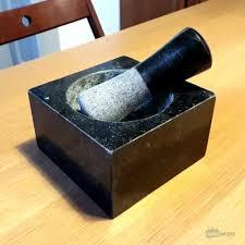 mortier de cuisine mortier et pilon de cuisine en granite noir cadeau maestro