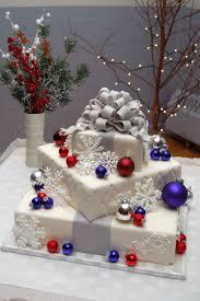 beautiful christmas wedding cakes christmas wedding cake