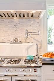 robinet de gaz cuisine un robinet au dessus du gaz quelle bonne idee design cuisine