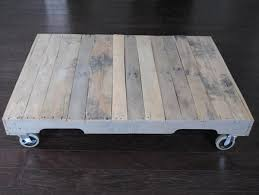 Diy Pallet Wood Distressed Table Computer Desk 101 Pallets by 353 Best Wooden Pallets Project Images On Pinterest Chairs