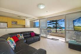 rainbow place unit 5 beachfront apartment in rainbow bay