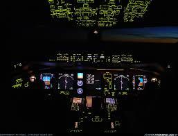 boeing 777 cockpit night aware of flight pinterest boeing