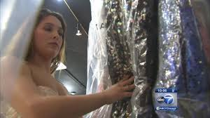 prom dress scam websites targeting teens with fake designer gowns