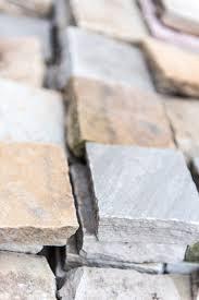 Patio Edging Stones by Indian Sandstone Paving U2013 Edging Sett Bulk Bag U2013 The Landscape Centre