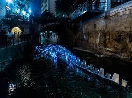 waller creek light show watch waller creek light show magically transform downtown austin