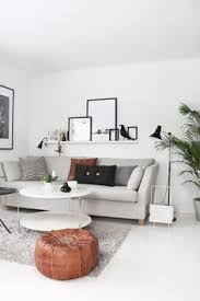 Incredible Leather Settee Sofa Better Housekeeper Blog All Things Weekend Countdown Interiors Living Rooms And Neutral Couch