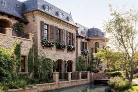 french chateau homes inside tom brady and gisele bündchen u0027s u0027french chateau via the