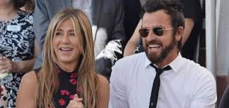 aniston mariage justin theroux says aniston marriage is based on humor
