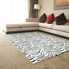 tips and ideas for decorating with an animal print carpet