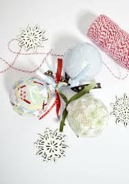 diy christmas home decor easy paper scrap diy christmas ornaments mod podge rocks