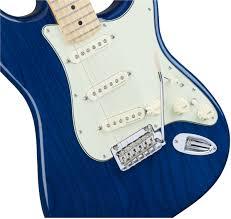 fender deluxe stratocaster maple fingerboard sapphire blue