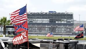 Flag Confederate States Of America Nascar Fans Defend Display Confederate Flag At Daytona Nbc News