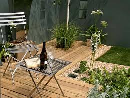 photo awesome small contemporary home plans small garden ideas