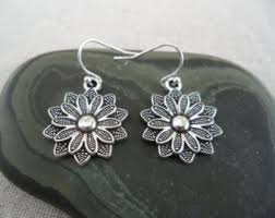 flower earrings flower earrings etsy