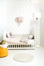tapisserie chambre d enfant papier peint chambre d enfant chambre d enfant avec chantemur papier
