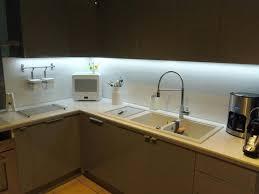 eclairage plan de travail cuisine lumiere pour cuisine eclairage led pour cuisine led plan de