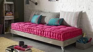 matelas futon canapé la banquette façon futon a tout bon diaporama photo