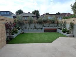 small garden yard and landscaping design low maintenance hardwood