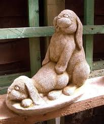 15 of the most lawn ornaments made awkward