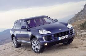 small porsche cayenne the mini cayenne porsche roxster suv will be based on the upcoming