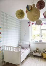 papier peint chambre bebe chambre bébé fille