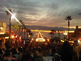 manhattan beach pier lighting 2017 save the date for 3 great manhattan beach holiday events just ask