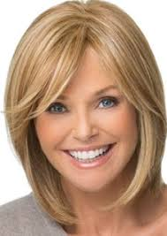 shoulder length hair feathered on the sides the sides christie brinkley wigs a shoulder length wig with bangs side swept