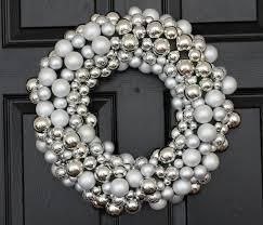 30 beautiful and creative handmade wreaths style