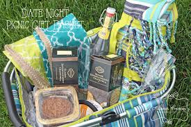picnic gift basket date picnic basket gift diy home decor and crafts