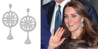 kate middleton s earrings kate commonwealth day 2016 two aqua diamond earrings i