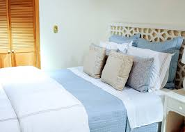 How To Set A Bed Styling Your Bed A Guide To Duvets Shams And Quilts