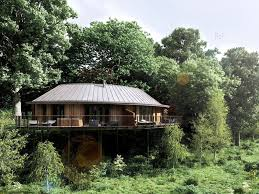 the big six british tree houses the independent